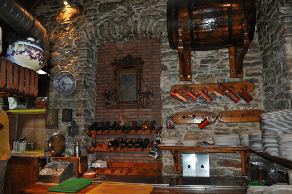 manos_restaurant-06